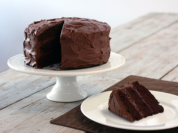Best Chocolate Cake With Vanilla Icing